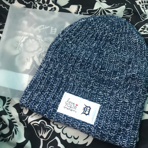 4ba7a7275 Love Your Melon and Detroit Tigers NWT